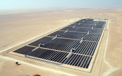 Dubai Shatters all Records for Cost of Solar with Earth's Largest Solar Power Plant
