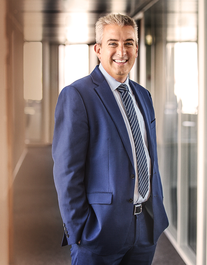 Nikolai Dobrott - Managing Partner Apricum