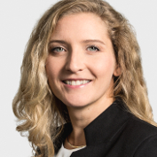 Dr. Kornelia Stycz